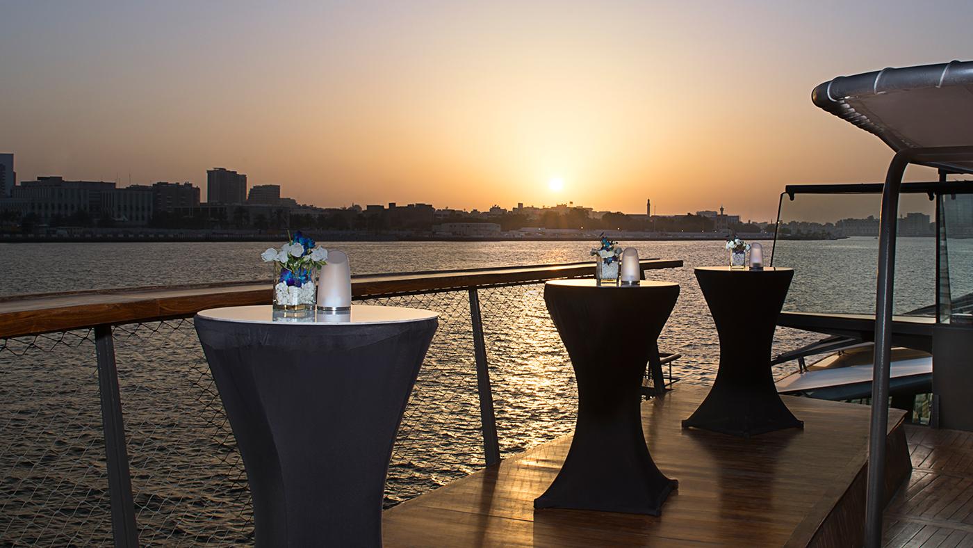 Bateaux-Dubai---upper-deck.jpg