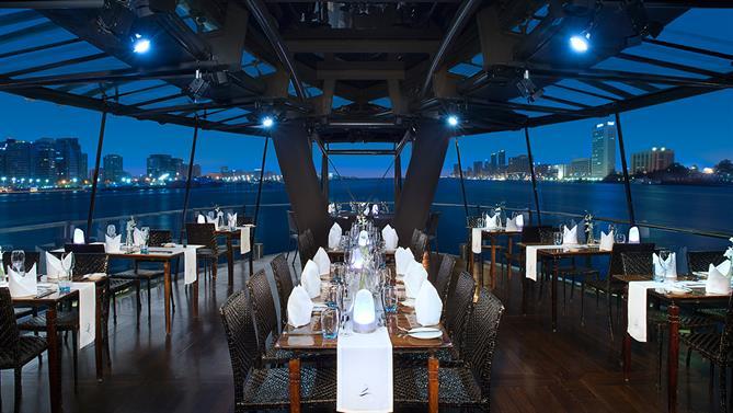 Bateaux-Dubai---Prestige-lounge-(1).jpg