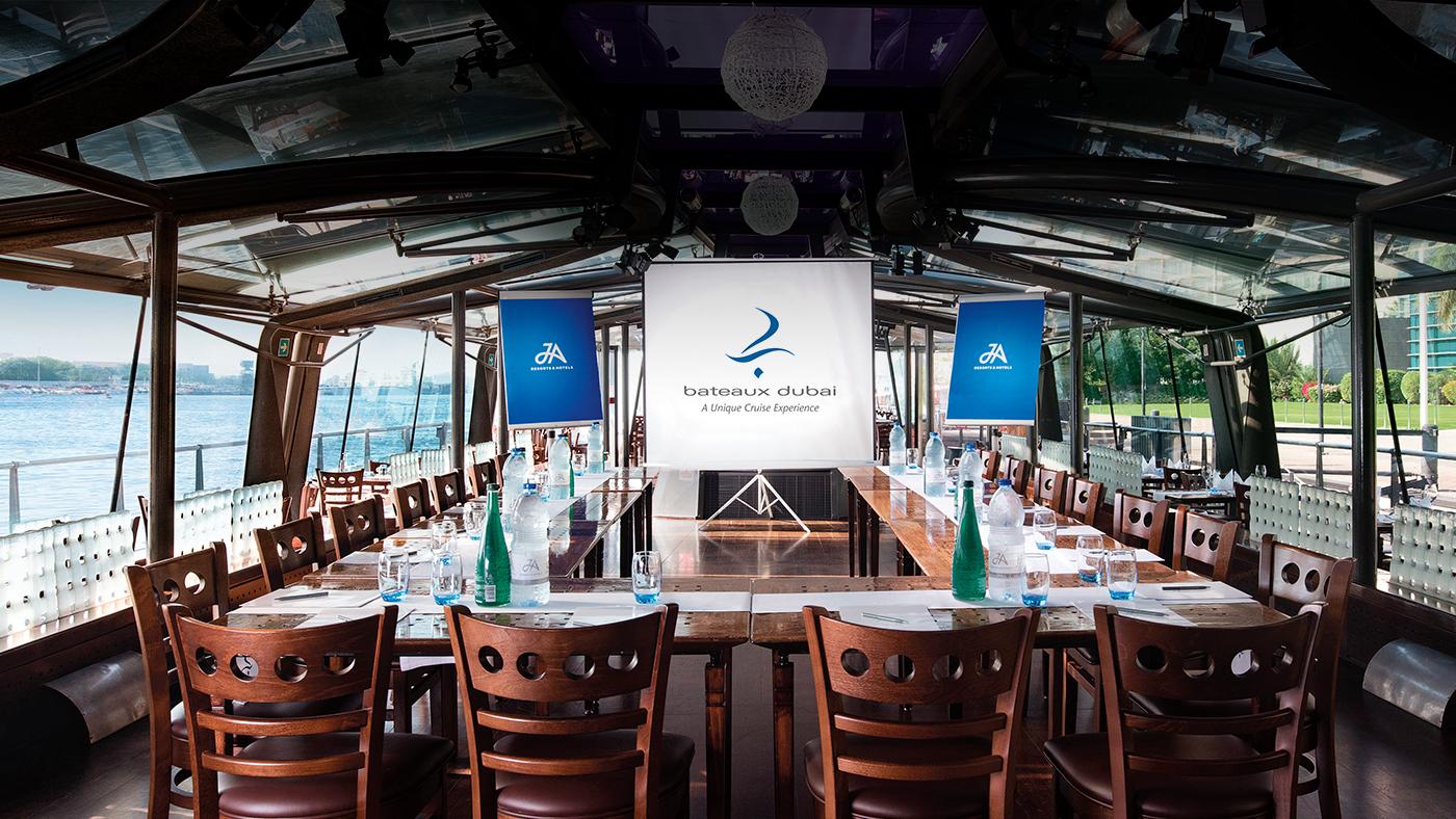 Bateaux-Dubai---Charter-(1).jpg