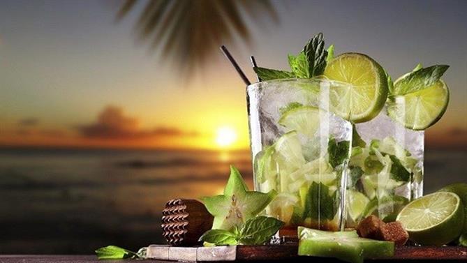 Castaway---Cocktail-(1)-.jpg