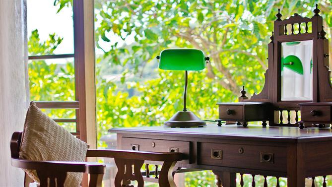 Private-pool-Villa---Seating-area.jpg