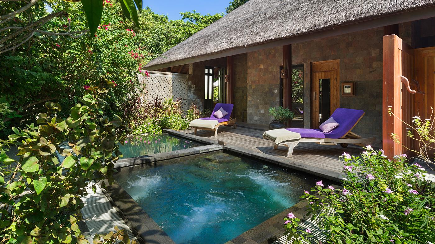 JA-Manafaru-Calm-Spa-&-Salon-Relaxation-Area