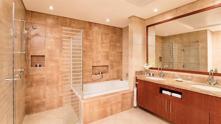 4-bedroom-Apartment---Master-Room-Bathroom