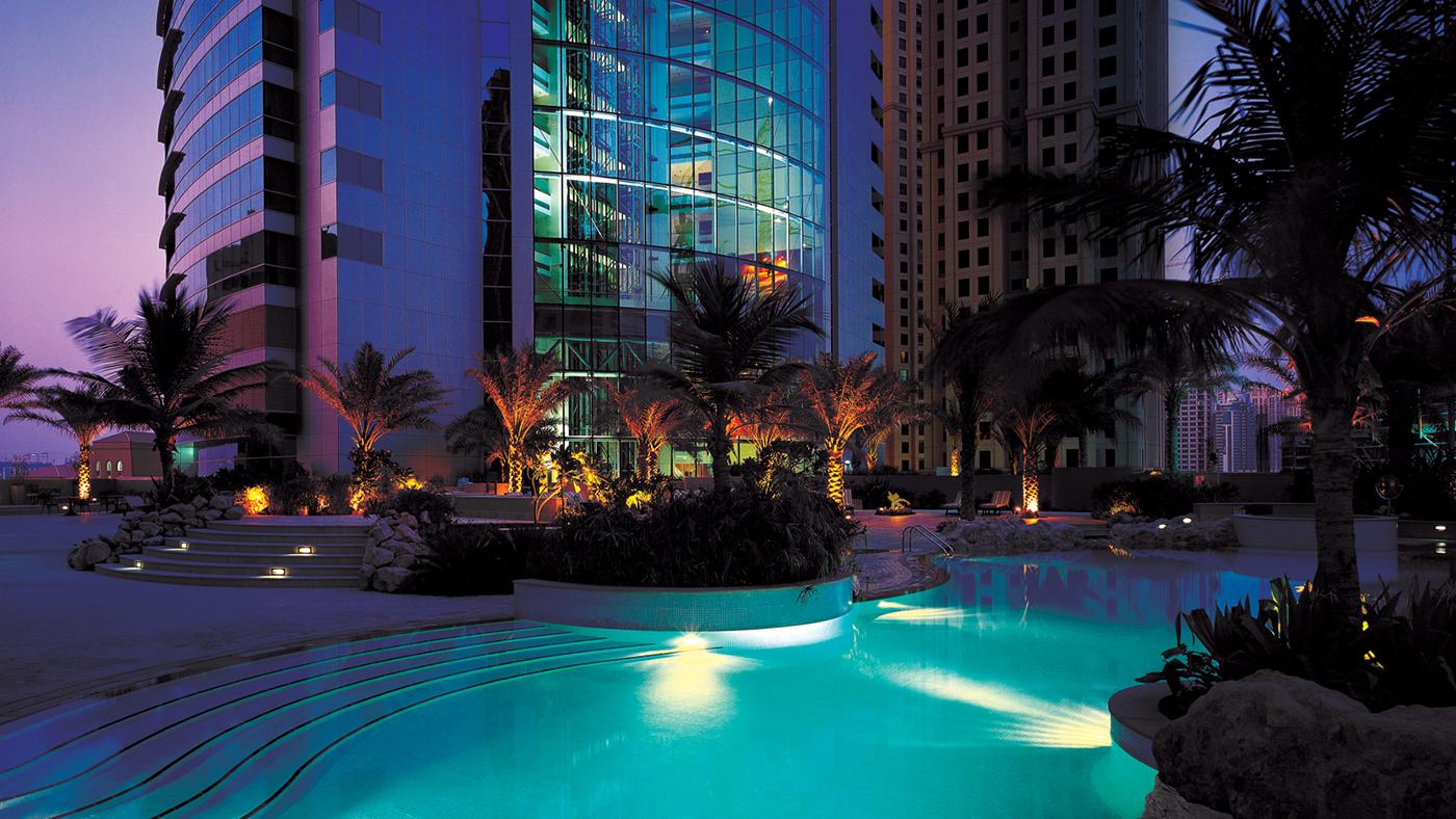Pool---Night-View