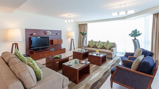 MULTI-BEDROOM SUITE STYLE AT JA OASIS BEACH TOWER