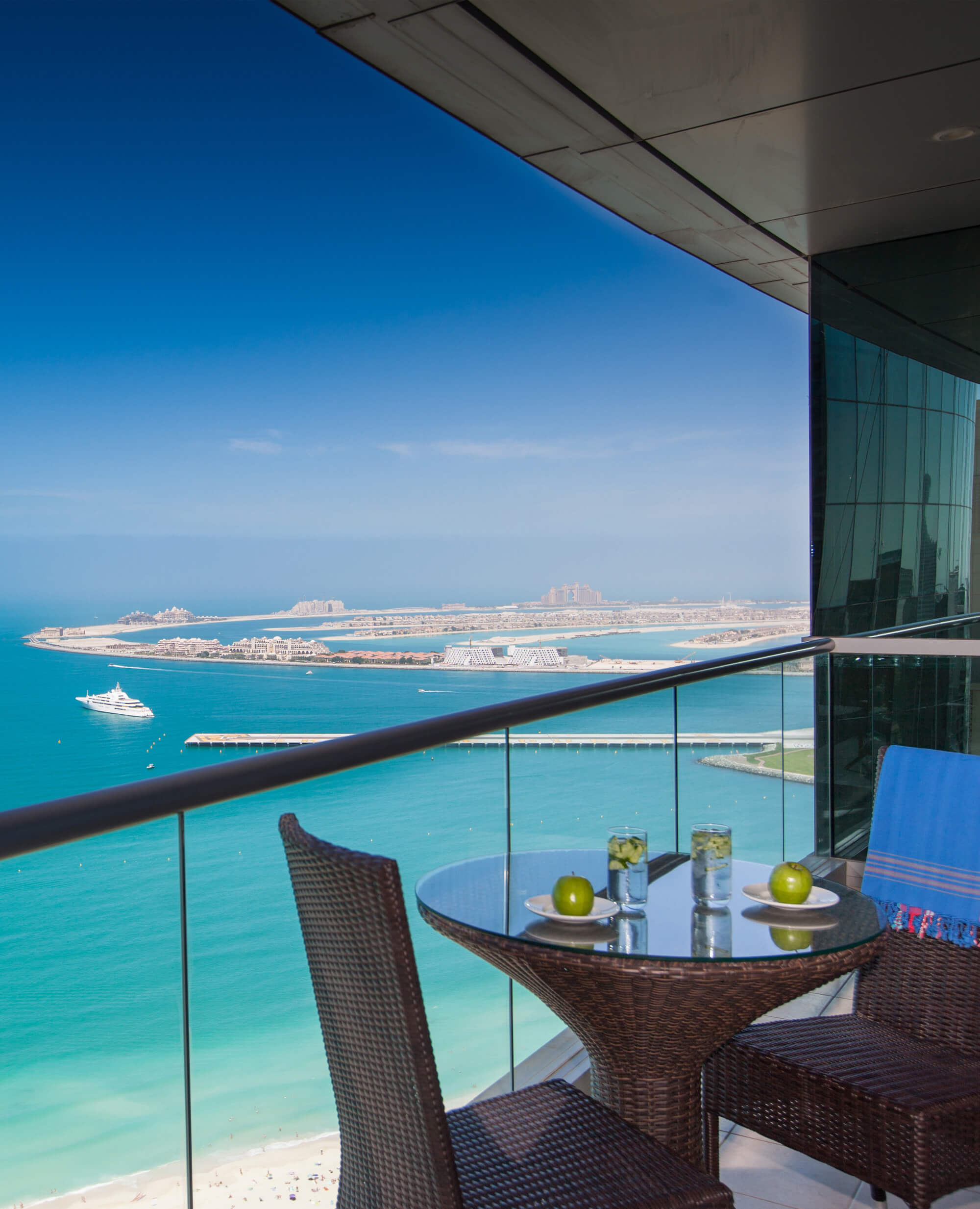 Beachfront Hotel Apartments In Dubai