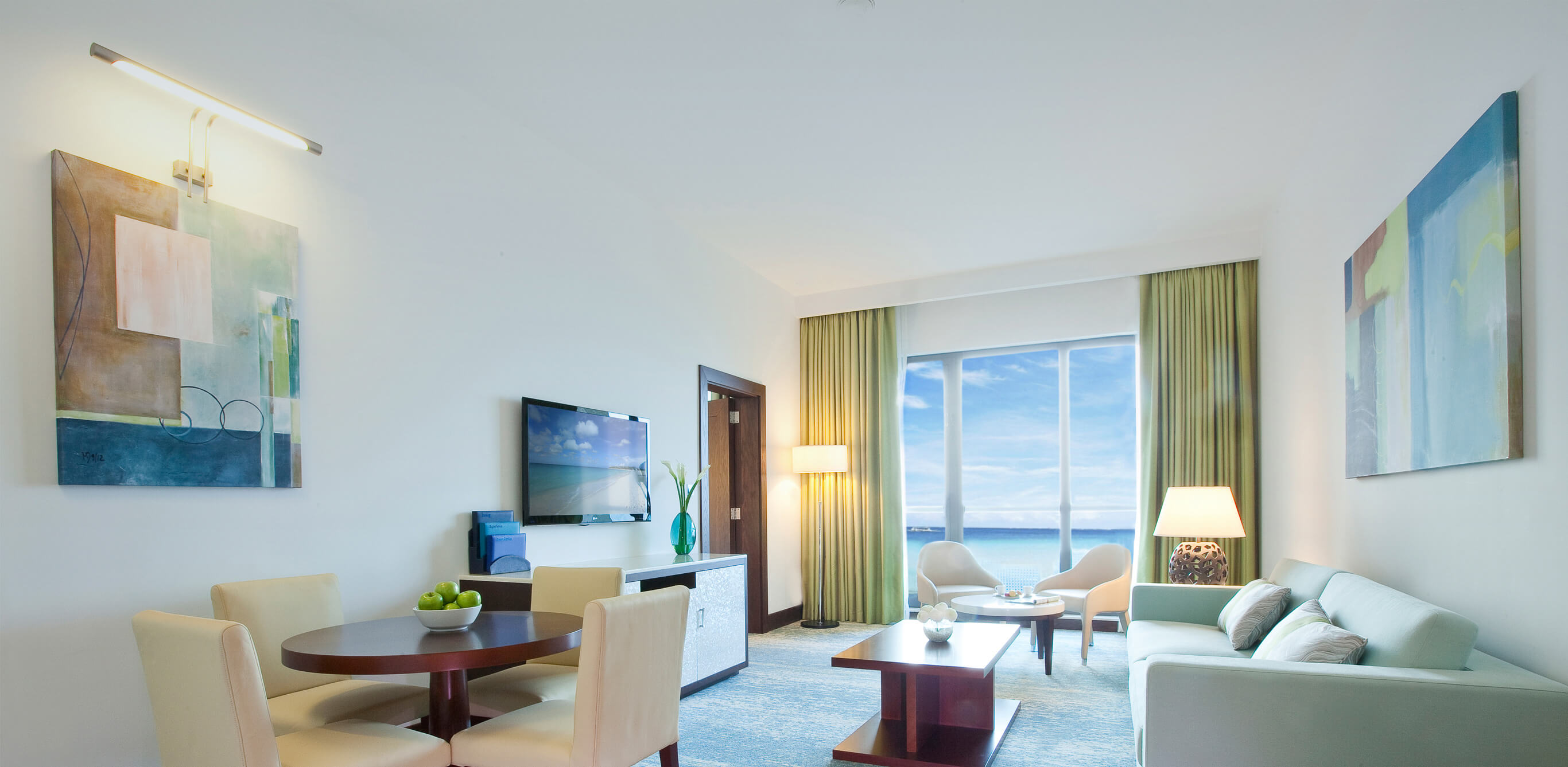 Family hotels in dubai ja ocean view hotel ja resorts for Beat hotel in dubai