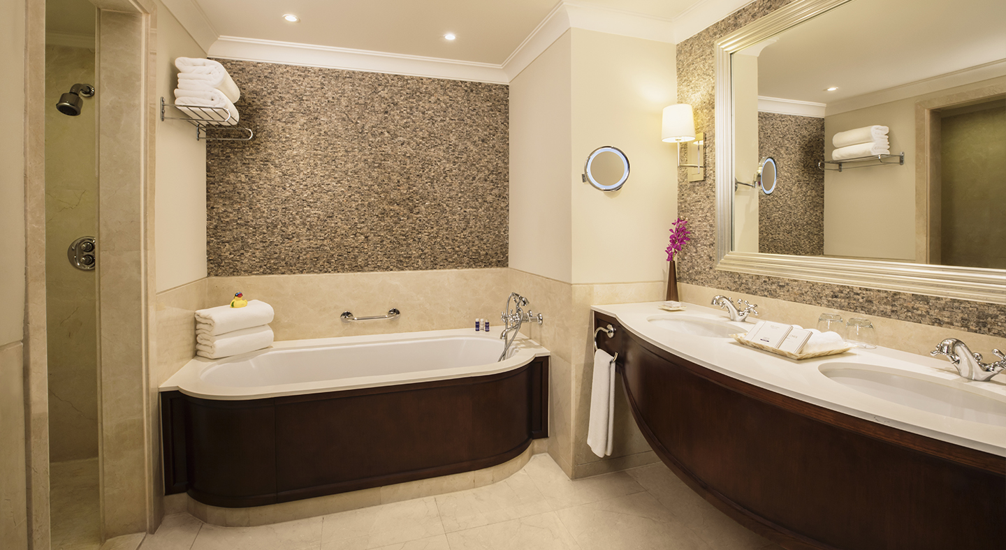 Royal Jasmine Junior Suite - Bathroom_1440x788