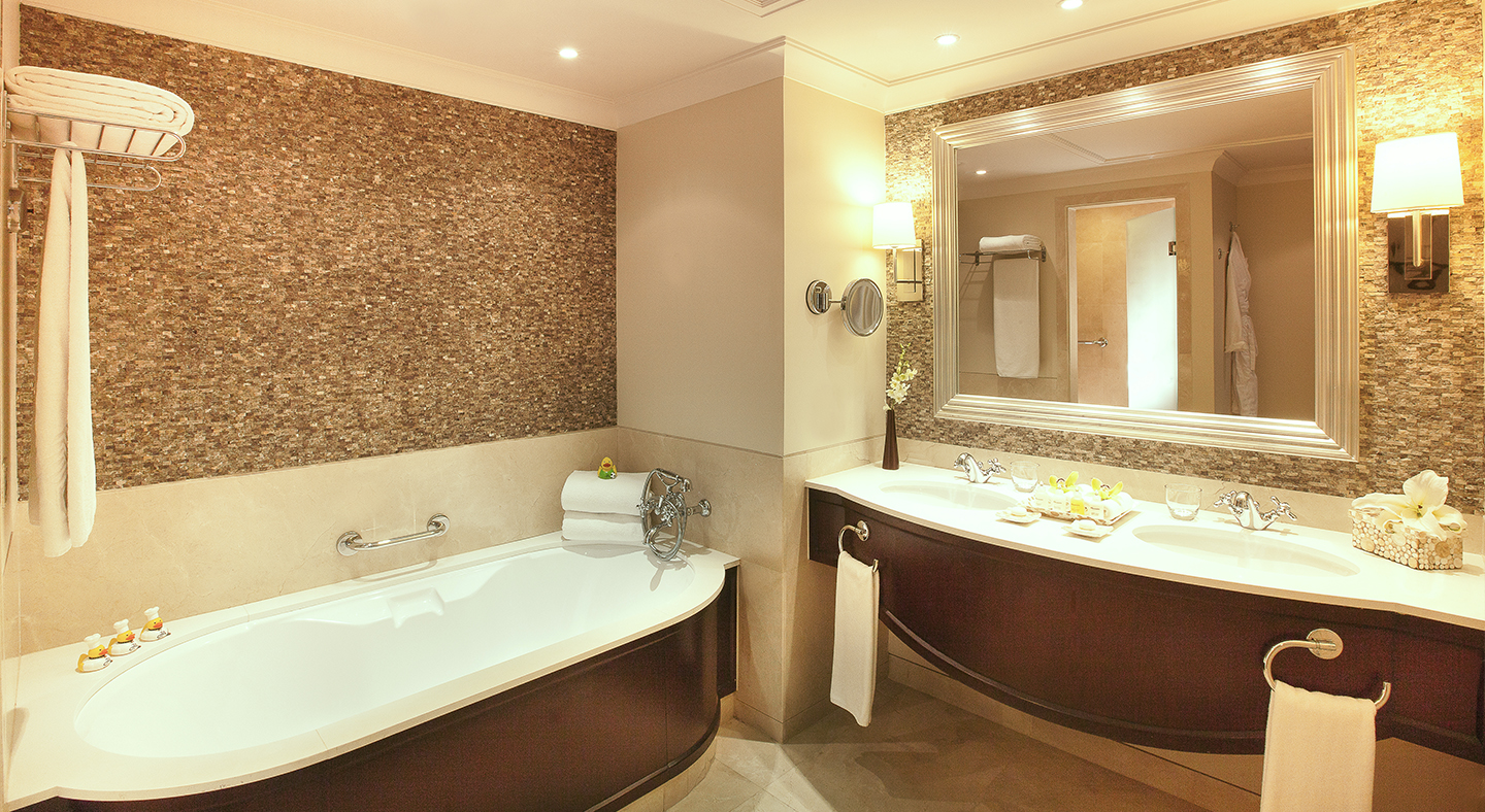 Royal Jamine One-Bedroom Suite - Bathroom (0)_1440x788