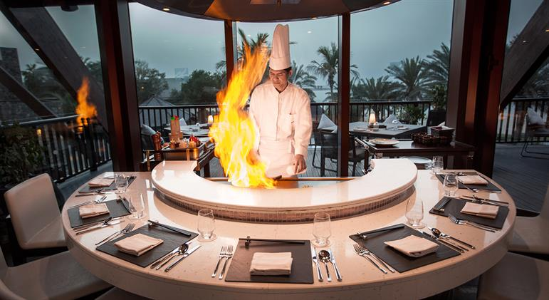 White Orchid - Live cooking